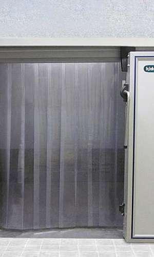 Cortina de PVC transparente